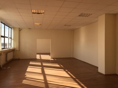 Industrial space with offices for sale North East area- Fundeni, Bucharest