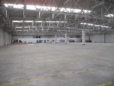 Spatiu industrial de inchiriat zona Ploiesti, judetul Prahova 6.000 mp