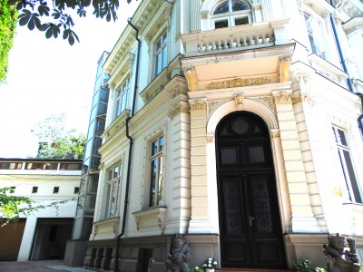 Villa for rent 10 rooms Lascar Catargiu - Piata Victoriei, Bucharest 620 sqm
