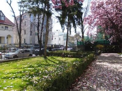 Vila de inchiriat 15 camere zona Aviatorilor-Dorobanti, Bucuresti 1300 mp