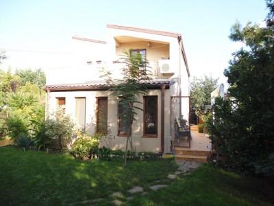Vila de inchiriat 5 camere zona Iancu Nicolae- British School, Bucuresti