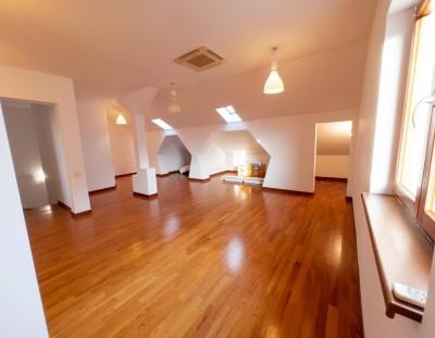Vila de inchiriat 5 camere zona Pipera, Bucuresti