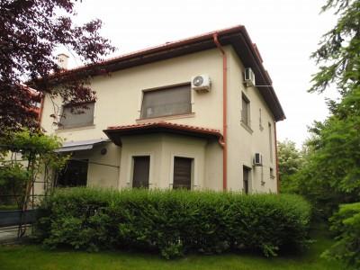Vila de inchiriat 6 camere zona Baneasa, Bucuresti 300 mp