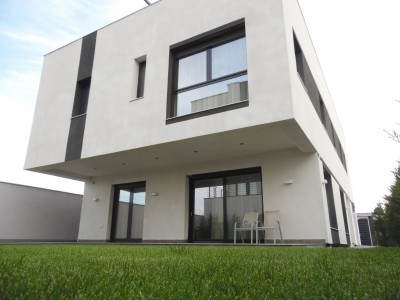 Villa for rent 6 rooms Pipera - American School area, Bucharest 350 sqm