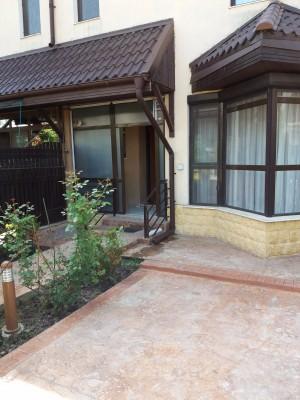 Vila de inchiriat 6 camere zona Sisesti, Bucuresti 240 mp