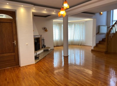 Villa for rent 7 rooms Iancu Nicolae - Jolie Ville, Bucharest 400 sqm