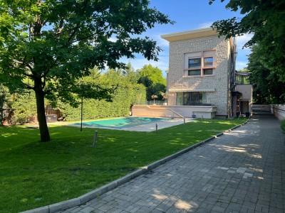 Villa for rent 7 rooms Baneasa - British School, Bucharest