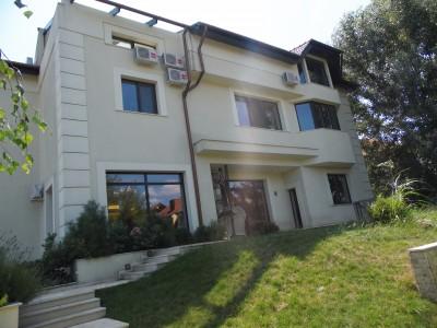 Vila de vanzare 12 camere zona Pipera - Iancu Nicolae, Bucuresti 700 mp