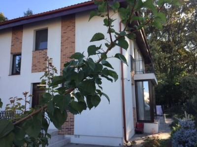 Vila de vanzare 5 camere zona Corbeanca-Padure 190 mp