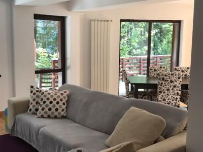 Villa for sale 5 rooms Malul Ursului area, Bucharest 180 sqm