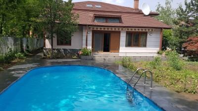 Vila de vanzare 6 camere zona Iancu Nicolae, Bucuresti 400 mp