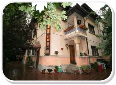 Vila de vanzare 6 camere zona Vitan-Baba Novac, Bucuresti 350 mp