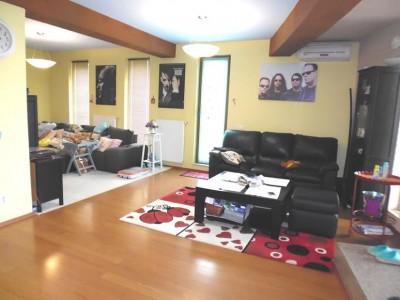 Vila de vanzare 7 camere zona Pipera, Bucuresti 365 mp