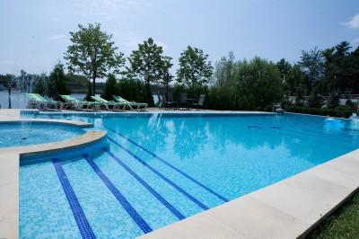 Vila de vanzare 7 camere zona Snagov lac, Izvorani 800 mp