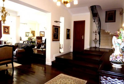 Villa for rent 8 rooms Baneasa-Pipera area, Bucharest 650 sqm