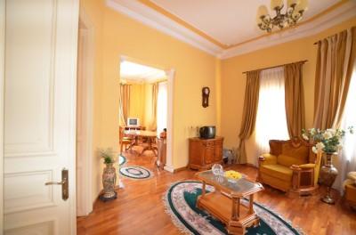 Vila de vanzare 8 camere zona Unirii-Traian, Bucuresti 410 mp