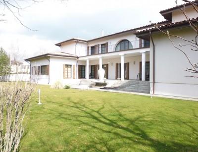 Vila exclusivista de vanzare 17 camere zona Baneasa-Pipera, Bucuresti 2087 mp