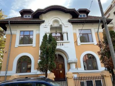 Vila premium cu 950 mp teren de vanzare, zona Aviatorilor, Bucuresti
