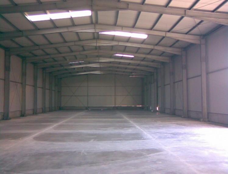 Industrial space for sale Bucharest - Pitesti 2,050 sqm