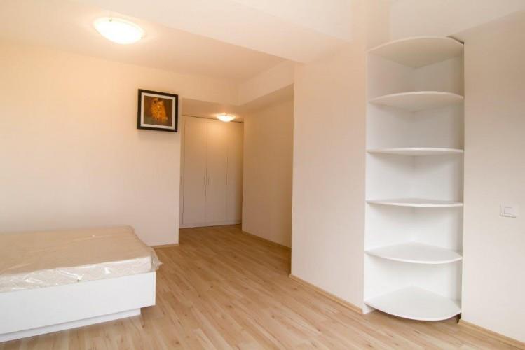 Apartament de vanzare 6 camere zona Herastrau, Bucuresti