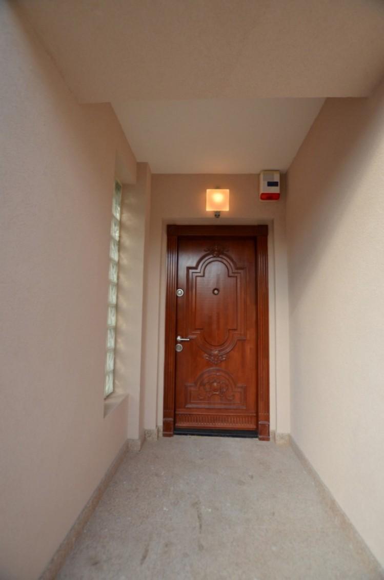 Casa de inchiriat 6 camere zona Aviatiei, Bucuresti 300 mp