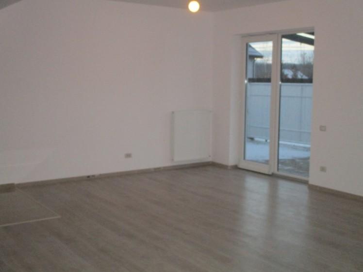 Casa de vanzare 5 camere Corbeanca 185 mp