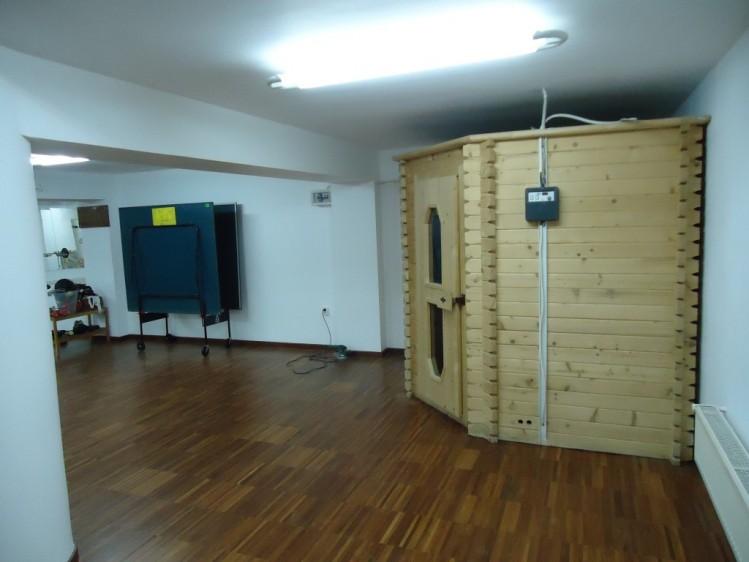 Vila de vanzare 6 camere zona Baneasa - Iancu Nicolae 500 mp