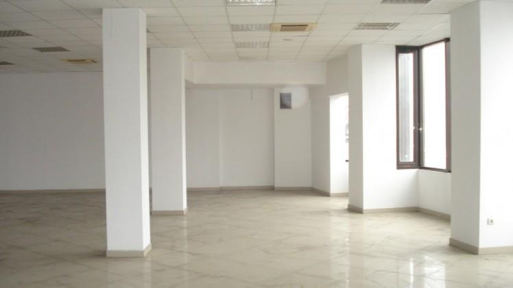 Cladire de birouri de vanzare zona Ferdinand - Iancului, Bucuresti