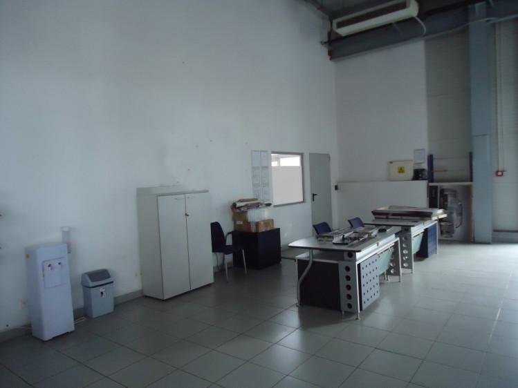 Spatiu comercial/ industrial de inchiriat zona Soseaua Oltenitei, Bucuresti