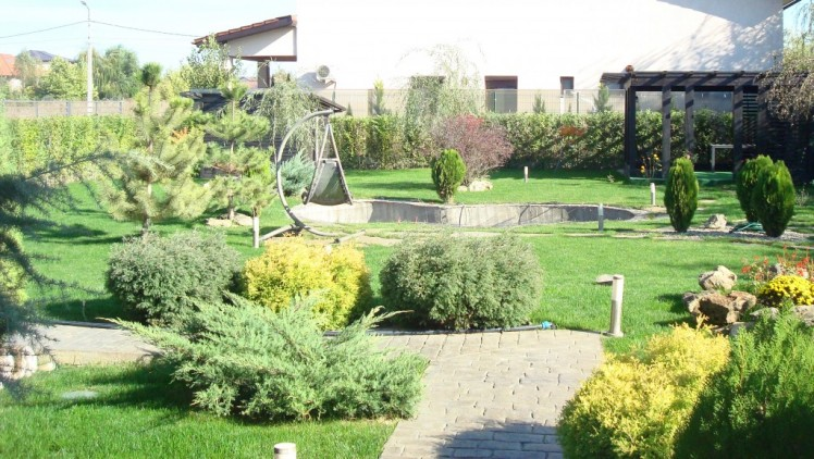 Vila de vanzare Bucuresti 4 camere zona Baneasa 450 mp