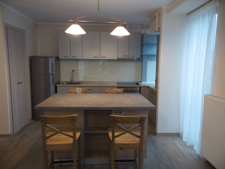 Apartament de inchiriat 2 camere zona Intercontinental - Universitate, Bucuresti 72 mp