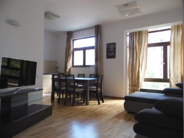 Apartament de inchiriat 3 camere zona Arcul de Triumf, Bucuresti 110 mp
