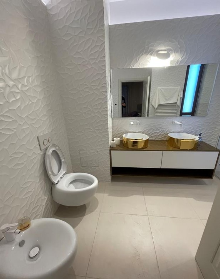 Apartament de inchiriat 4 camere zona Aviatorilor - Piata Charles de Gaulle, Bucuresti
