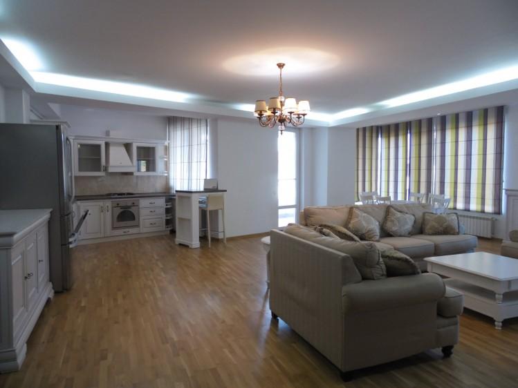 Apartament de inchiriat 4 camere zona Herastrau, Bucuresti 190 mp