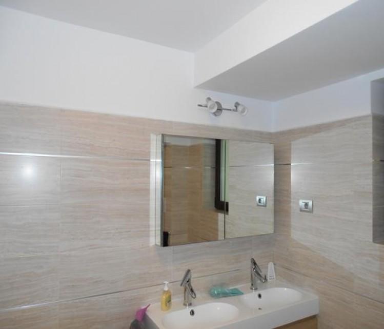 Apartament de inchiriat 4 camere zona Primaverii, Bucuresti 177 mp