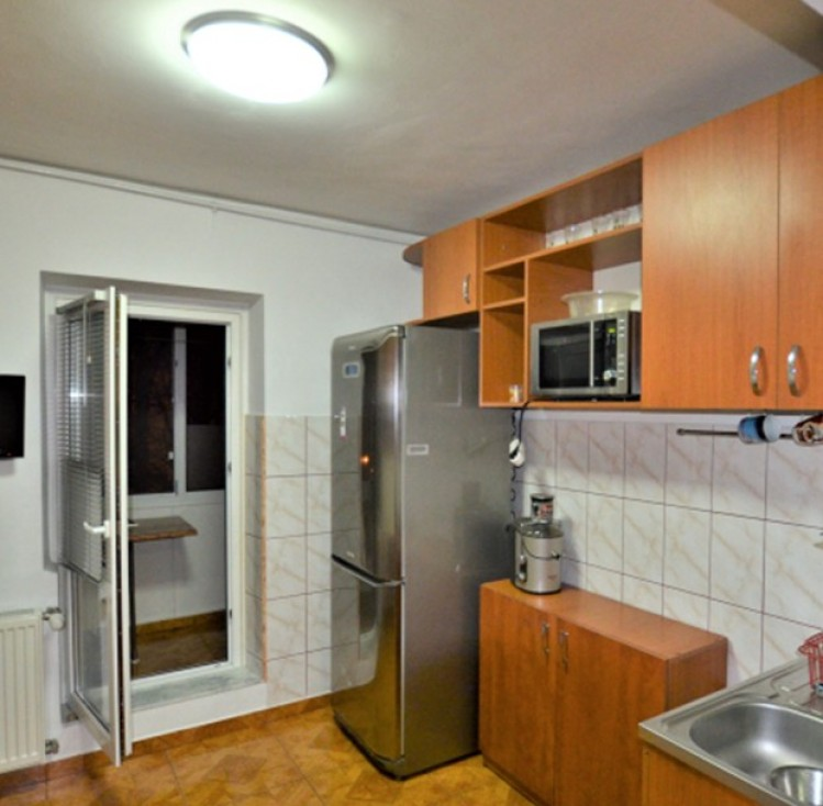Apartament de vanzare 2 camere zona Aviatiei 55 mp