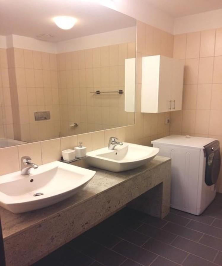 Apartament de vanzare 3 camere zona Baneasa, Bucuresti 197 mp
