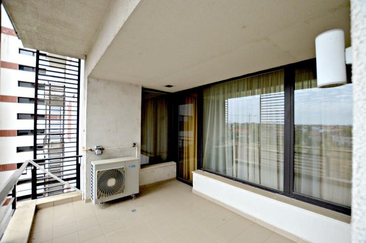 Apartament de vanzare 3 camere zona Pipera - Padurea Baneasa, Bucuresti 150 mp