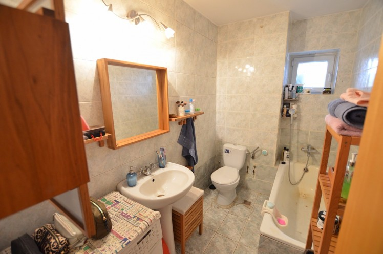 Apartament de vanzare 3 camere zona Unirii, Bucuresti 115 mp