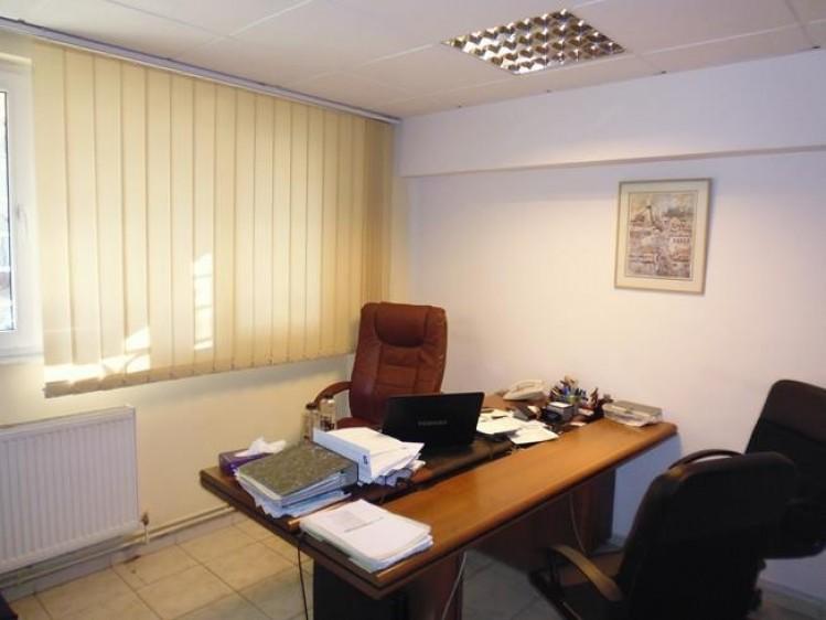 Apartament de vanzare 4 camere zona Dorobanti, Bucuresti 101 mp
