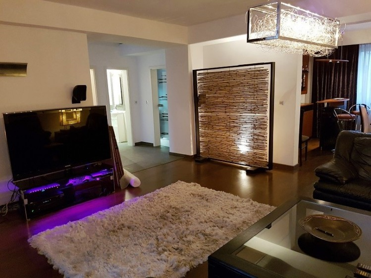 Apartament tip duplex de inchiriat 4 camere zona Dorobanti - Floreasca, Bucuresti 210 mp