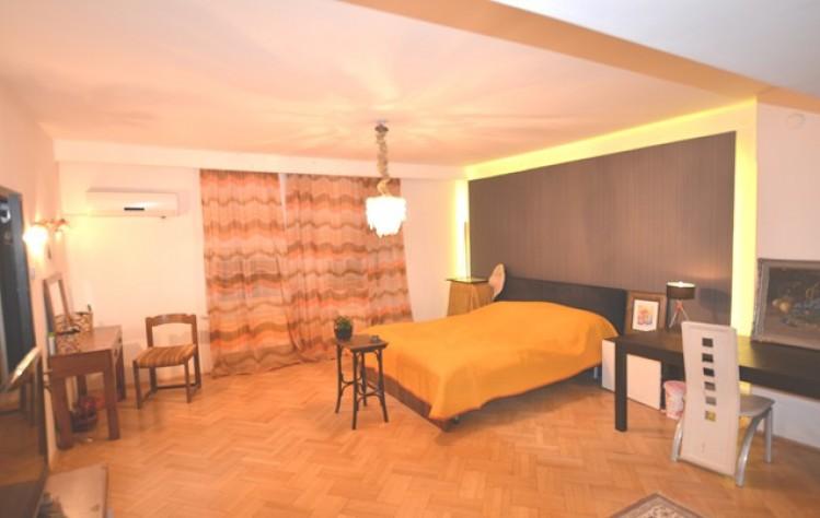Casa de vanzare 16 camere zona Cismigiu, Bucuresti 740 mp