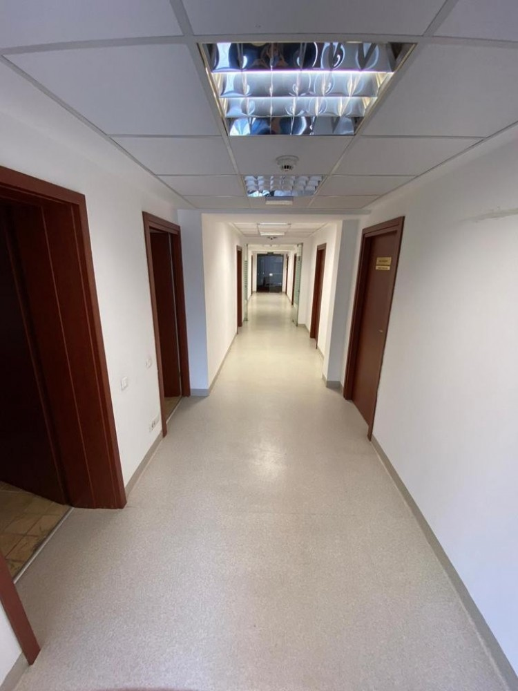 Office building for sale Grozavesti area, Bucharest 1.400 sqm