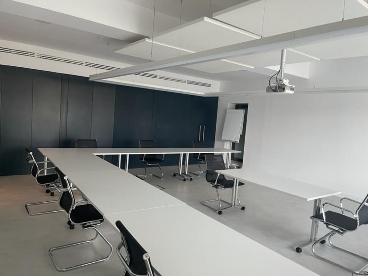 Imobil de birouri de vanzare zona Piata Romana, Bucuresti 8.054 mp