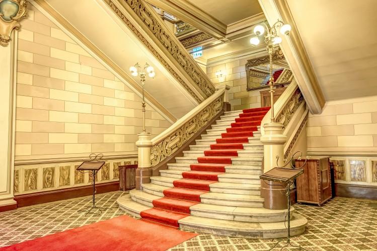 Oportunitate investitie Palatul Bragadiru, Bucuresti