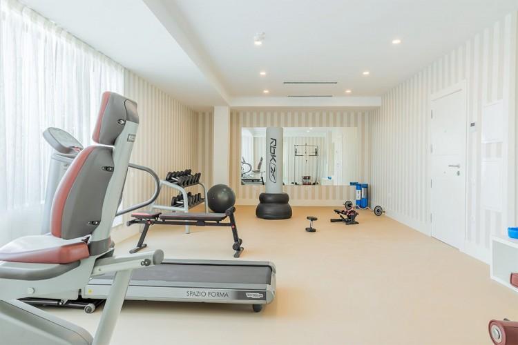 Penthouse de vanzare 4 camere zona Pipera, Bucuresti 185.73 mp