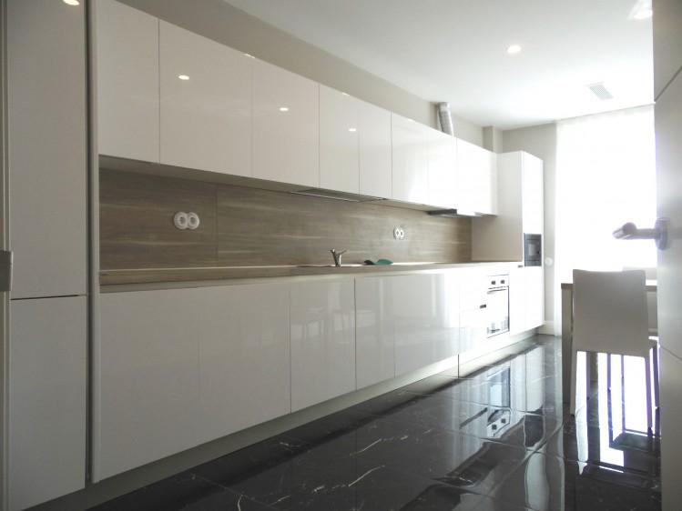 Penthouse premium de inchiriat 4 camere zona Iancu Nicolae, Bucuresti 170 mp