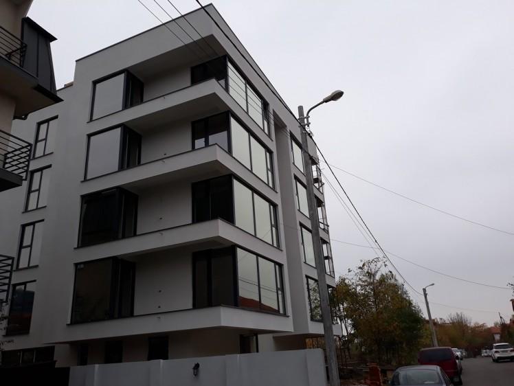 Apartament de vanzare 3 camere zona Pipera, Bucuresti 111 mp