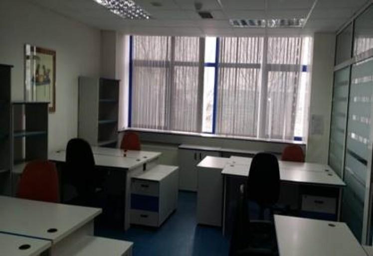 Proprietate industriala cu birouri de vanzare zona Pantelimon, Bucuresti