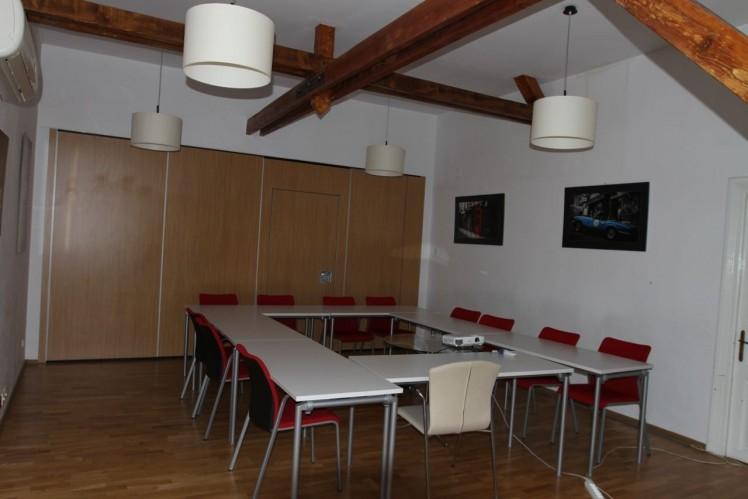 Spatii de birouri de inchiriat in vila zona Dorobanti, Bucuresti 340 mp